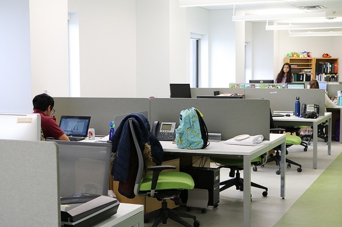 Individual workstations offer a quiet space for students.