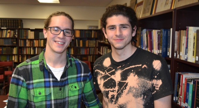 Two Jewish Thought students in the Samuel J. Friedman library.