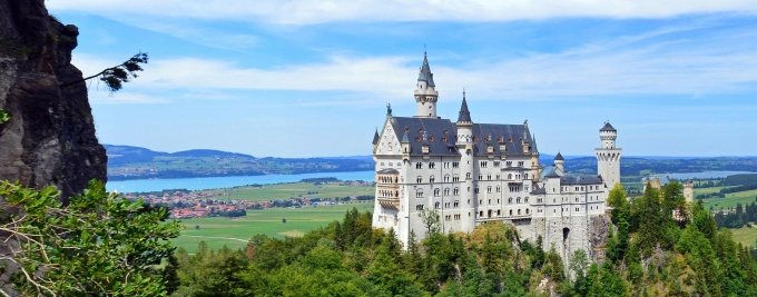 Neuschwanstein Castle, Southwest Bavaria, Germany.
