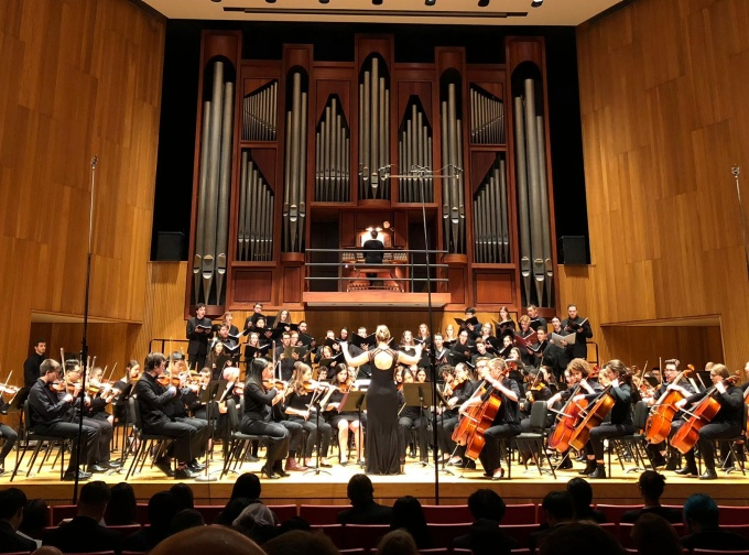 UB Chorus and Choir with UB Symphony Orchestra performing Vaughan Williams in 2019.